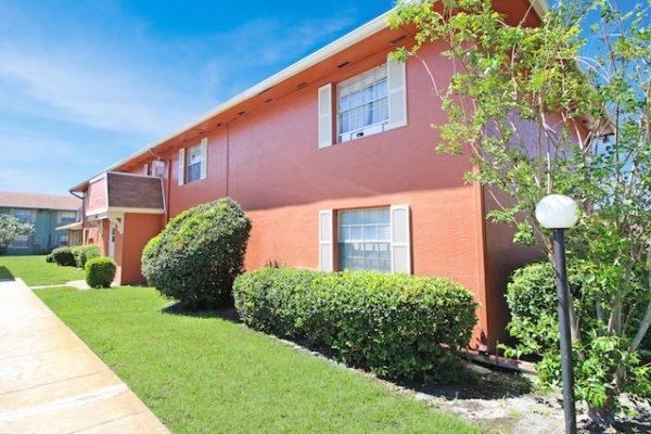 1667 W. Oak Ridge Rd, Orlando FL