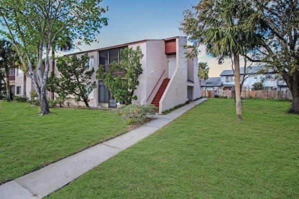 2469 Lakeway Branch Dr, Orlando FL