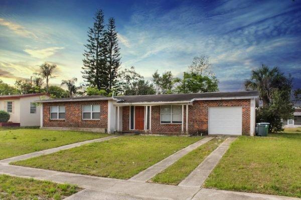 679 Hartley Ave, Deltona FL