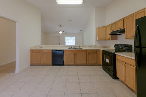 309 Erie Ct, Kissimmee FL 10