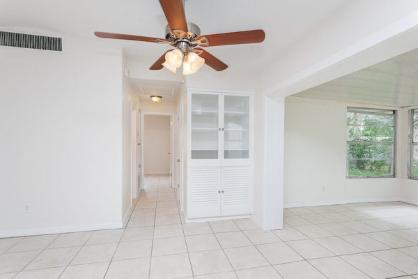 1424 Stillwater Ave, Deltona FL18