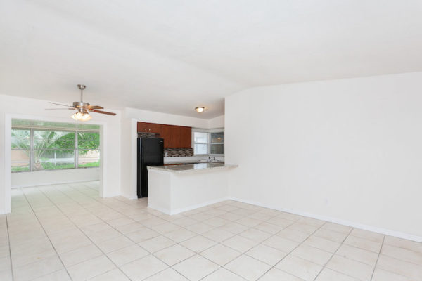 1424 Stillwater Ave, Deltona FL4